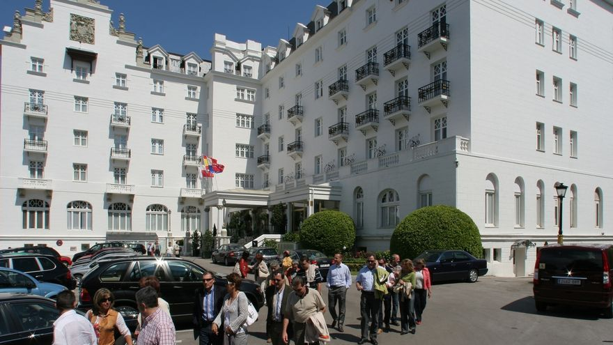 """Santander vive un """"arranque inmejorable"""" de Semana Grande con """"hoteles al completo"""" y la ciudad """"abarrotada"""""""