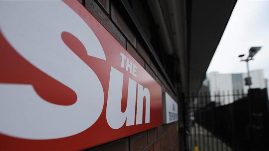 """18 Meses de cárcel para un periodista de """"The Sun"""" acusado de sobornos"""