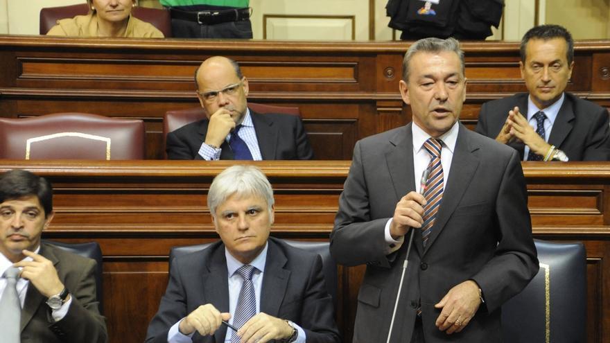 """Rivero solicita un nuevo Estatuto de Canarias para acabar con la """"dependencia"""" de los votos y el trato """"colonial"""""""
