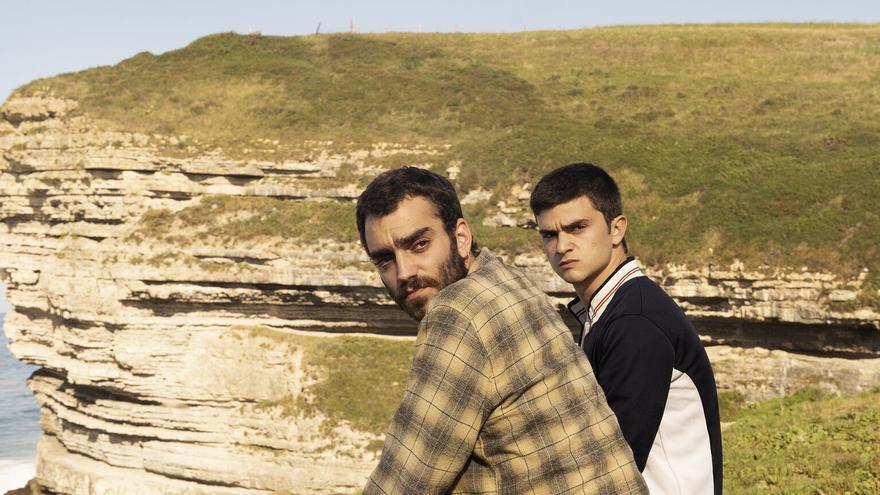 Nacho Sánchez y Biel Montoro interpretan a dos hermanos obligados a emprender un viaje en autocaravana