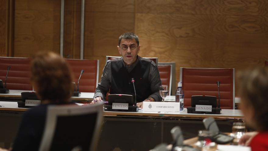 """Monedero compara la comisión de investigación sobre financiación de partidos del Senado con """"las Cortes franquistas"""""""