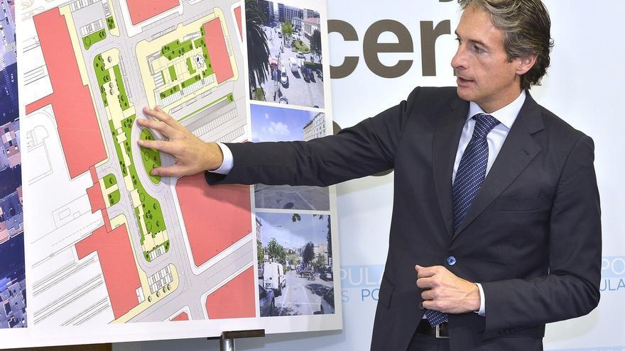 """De la Serna (PP) plantea una reordenación de la Plaza de las Estaciones de Santander para """"darle una nueva vida"""""""