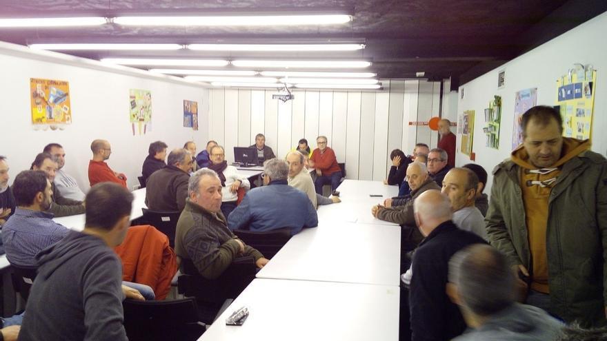 La asamblea de los trabajadores de Sadisa decide mantener la huelga indefinida