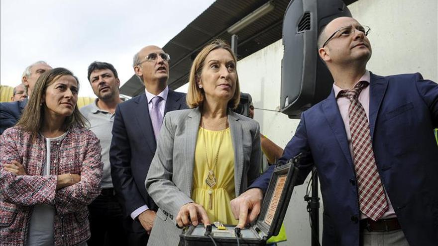 Fomento culminará en diciembre la conexión vial a puerto exterior de A Coruña