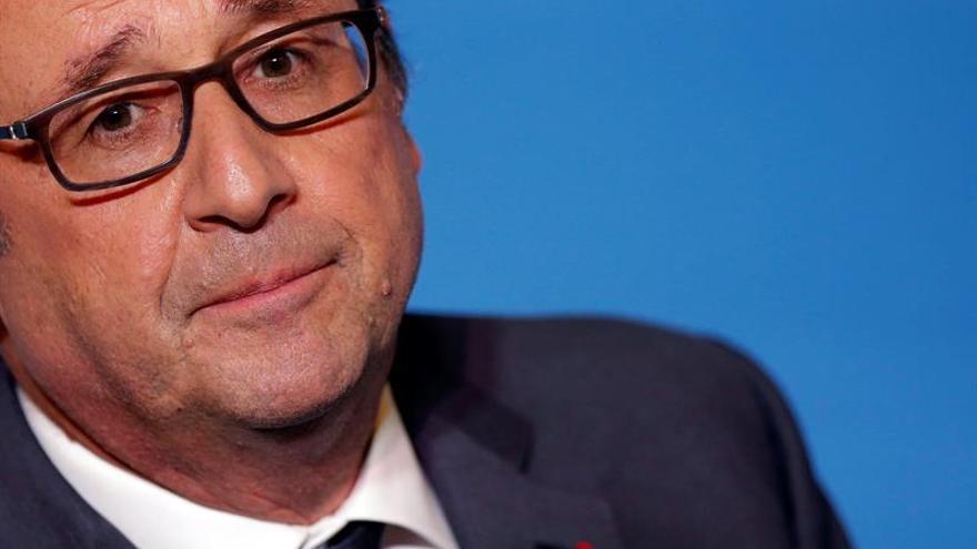 Hollande muestra su apoyo implícito a Hillary Clinton