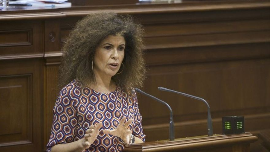 La secretaria de Empleo del PSOE de Canarias, Gloria Gutiérrez.