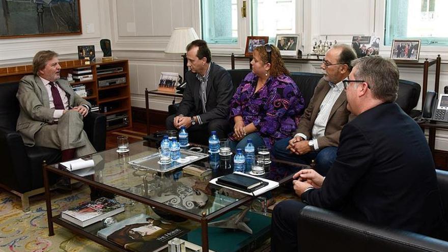 Reunión del ministro de Educación con CEAPA la semana pasada. / EFE