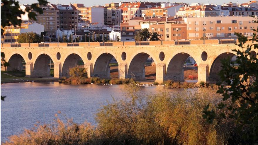 Rio Guadiana, a su paso por Badajoz / http://www.turismoextremadura.com/