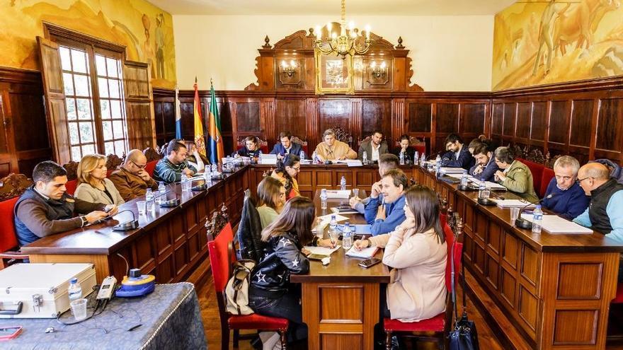Pleno del Ayuntamiento de Los Llanos de Aridane celebrado este viernes, 24 de marzo.