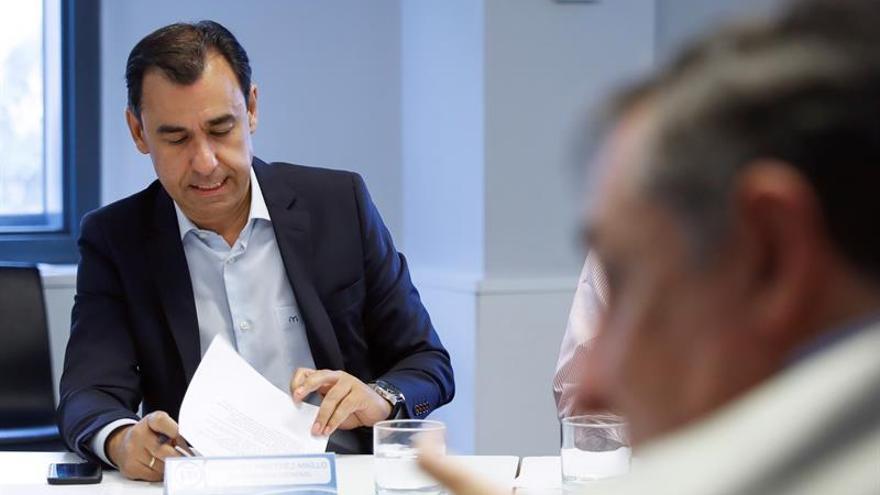 """El PP pide a alcaldes catalanes que no dejen que se les use de """"escudo"""" el 1-O"""