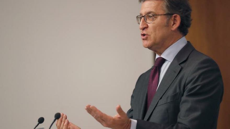 """Feijóo ve """"un acierto"""" no mezclar las negociaciones de Euskadi con Galicia"""