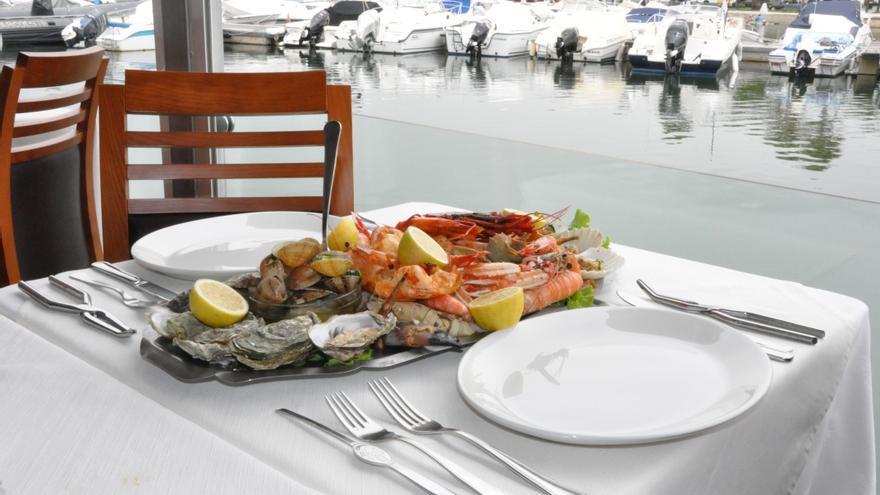 Plato de marisco en un restaurante de Faro.
