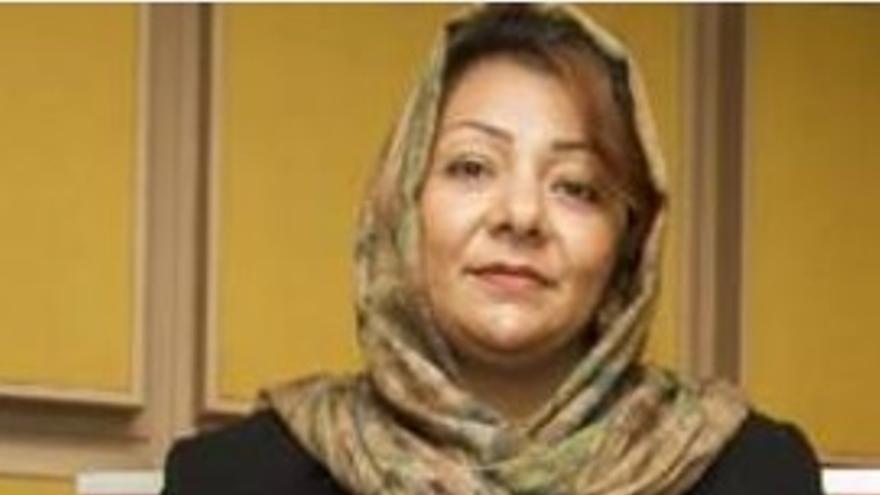 Foto de Azita Rafaat La ex parlamentaria afgana que viste a su hija de varón