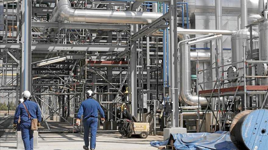 La patronal química pide al próximo Gobierno un pacto de Estado por la industria