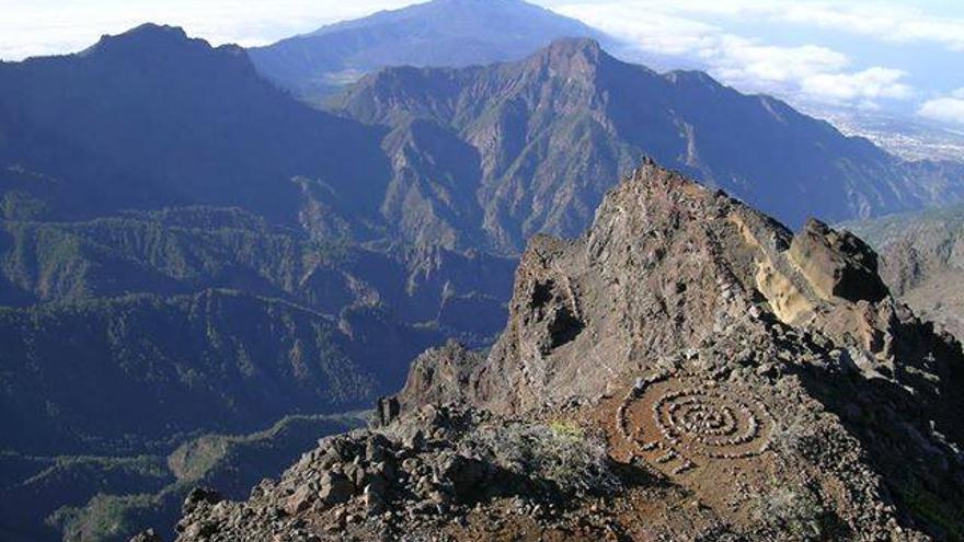 Espiral de piedra realizada por unos desconocidos en el entorno del Roque de Los Muchachos.