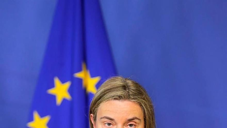 """Mogherini aboga en la Eurocámara por un diálogo """"abierto"""" con Turquía"""