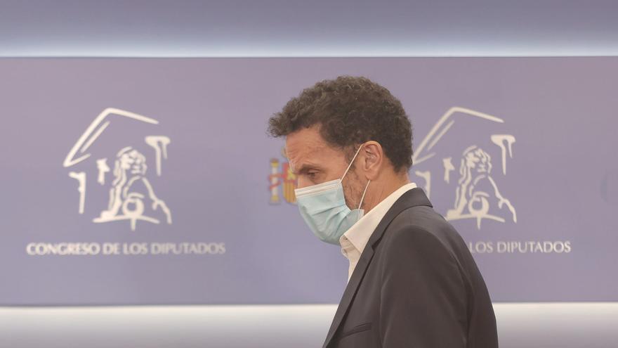 El portavoz parlamentario de Ciudadanos, Edmundo Bal, a su llegada a una rueda de prensa en el Congreso