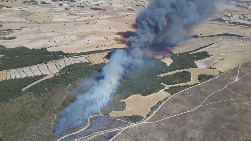 Imagen aérea del incendio en el campo militar de San Gregorio del pasado 21 de agosto.