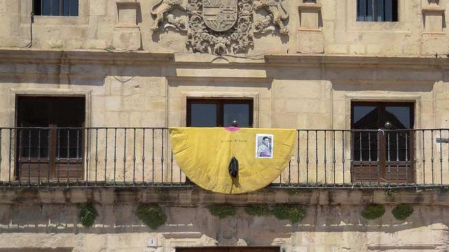 Animalistas rechazan la tauromaquia y la violencia verbal contra Víctor Barrio