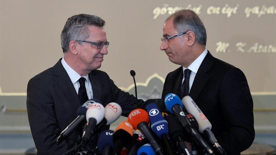 Dimite el ministro del Interior de Turquía, Efkan Ala