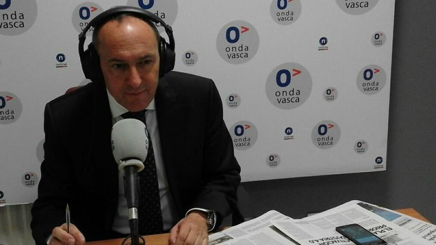 """González espera que la salida de Maroto del Ayuntamiento de Vitoria """"ayude a mejorar"""" la relación entre PNV y PP"""