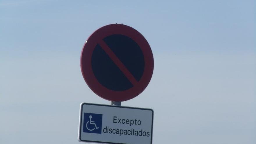 Excepto discapacitados -- By María. A. Nelo B.