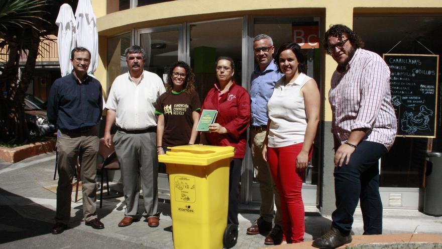 Acto de presentación del proyecto de reciclaje de envases ligeros (envases de plástico, latas y briks) dirigido a los establecimientos del Canal Horeca.