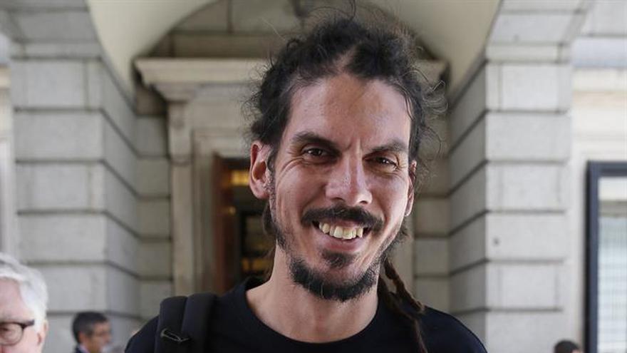 El Supremo abre causa al diputado de Podemos Alberto Rodríguez por desórdenes