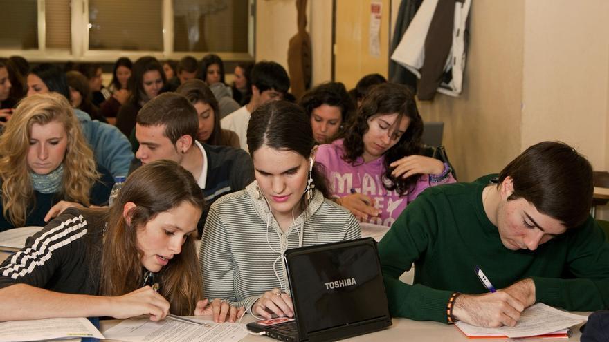 Cerca de 180 alumnos con ceguera o discapacidad visual de Euskadi estudian en centros ordinarios
