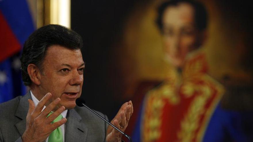 Santos dice que en cinco años Colombia debe estar libre de minas antipersona