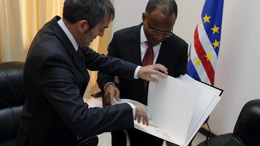Canarias relanza su alianza con Cabo Verde, abierta a Azores y Madeira