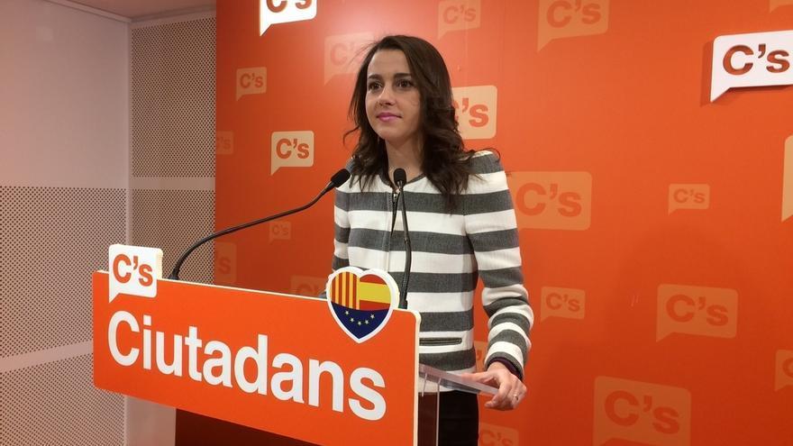 """Arrimadas cree """"probable"""" que Puigdemont convoque elecciones por falta de presupuestos"""