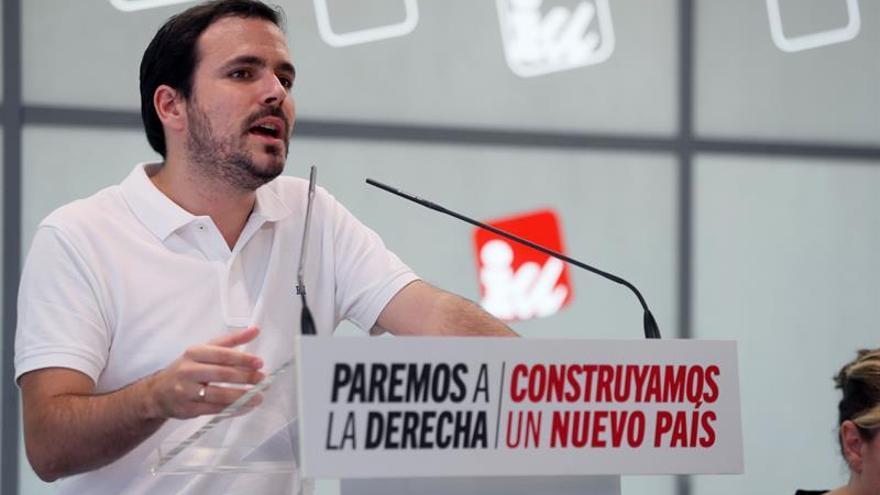 IU quiere que el Gobierno y CNI aclaren en el Congreso negocios de Juan Carlos I