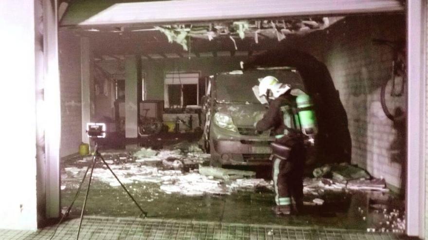 Un incendio daña tres vehículos en una bajera de Ablitas sin afectar a la vivienda ni causar heridos