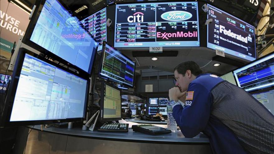 El Dow Jones alcanza los 16.000 puntos en la apertura