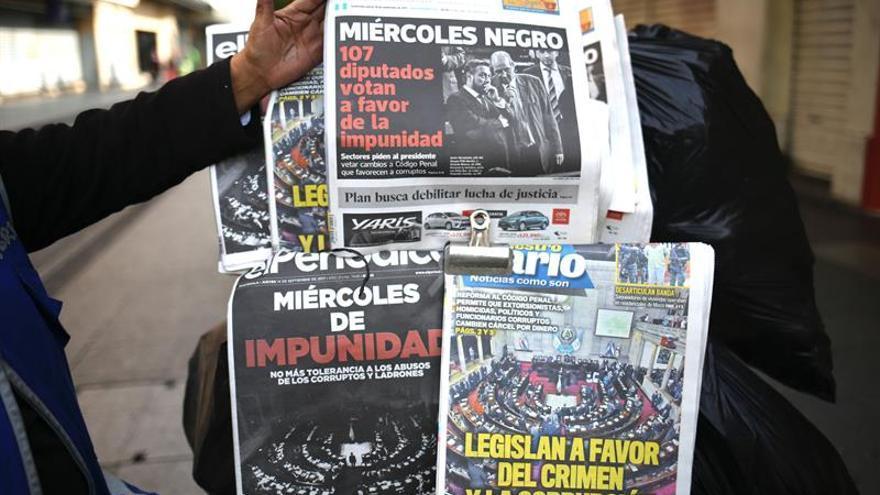 El presidente de Guatemala analizará reformas penales y anuncia posible veto