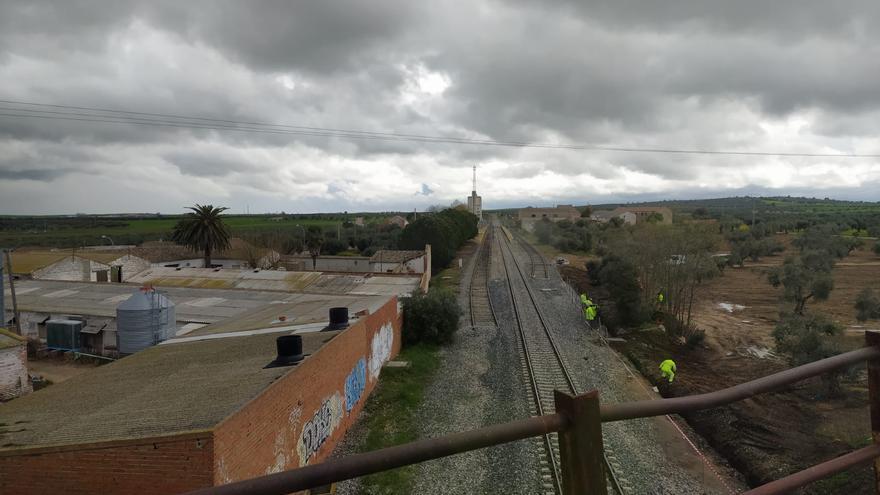 Trabajadores de Sistem a la altura de Erustes (Toledo)