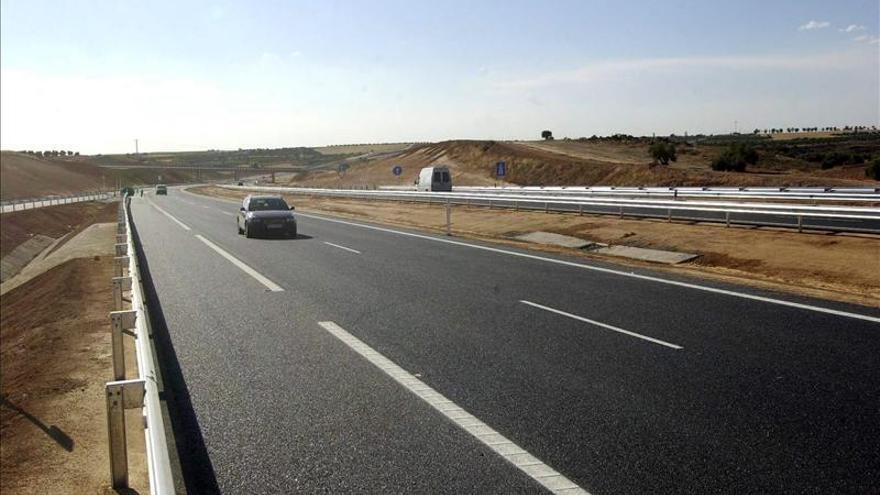 La autopista de peaje Eje Aeropuerto (OHL) pide el concurso de acreedores