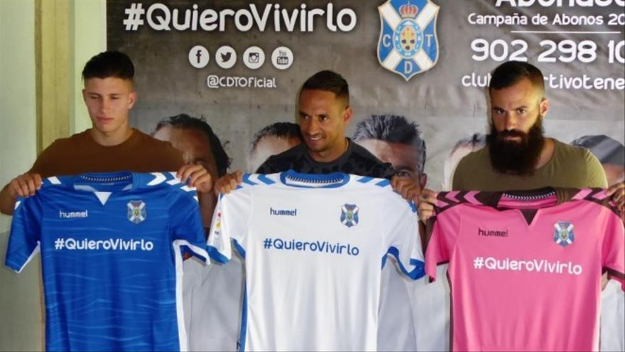 Presentación de las camisetas del Club Deportivo Tenerife para la temporada 2016/2017