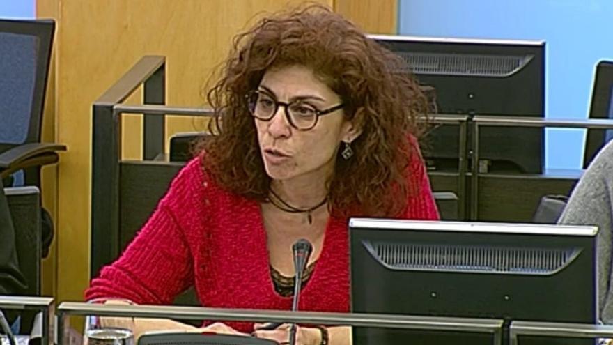 """Podemos lamenta el """"empeño"""" de De la Serna en un AVE a Cantabria """"inviable y carísimo"""" y propone adaptar la línea actual"""