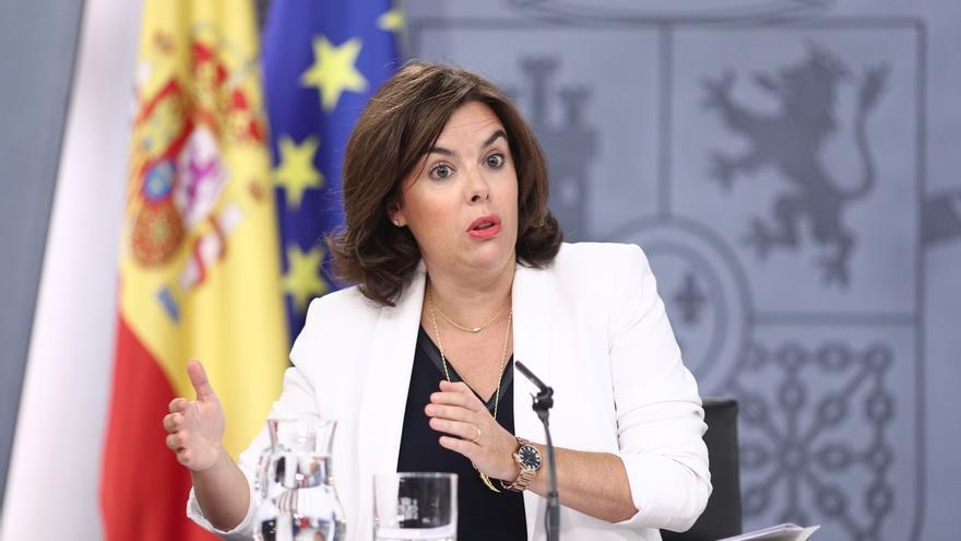 El Gobierno dice que Guindos comparecerá en comisión y no en el Pleno para explicar el 'caso Soria'