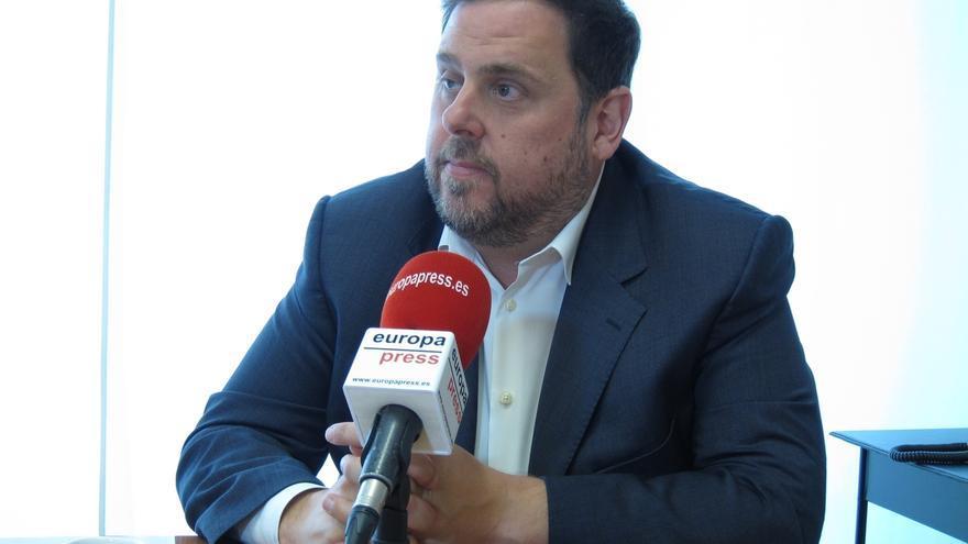 Junqueras critica que el PSC se alinee con los partidos contrarios al referéndum
