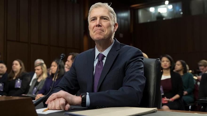 El Senado de EE.UU. votará en abril si aprueba al juez de Trump para el Supremo