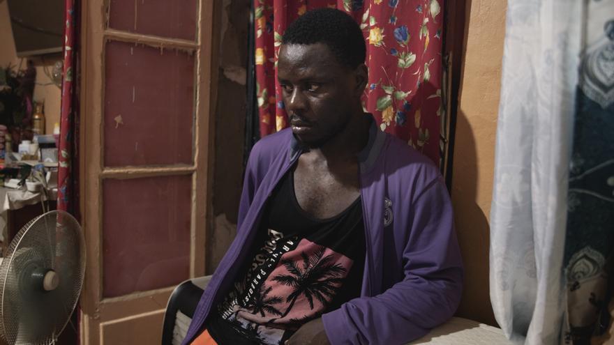 Franck salió de Camerún y ahora está en Argelia