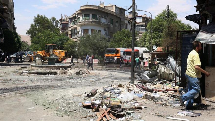 Estallan choques armados cerca de Damasco entre rebeldes y yihadistas