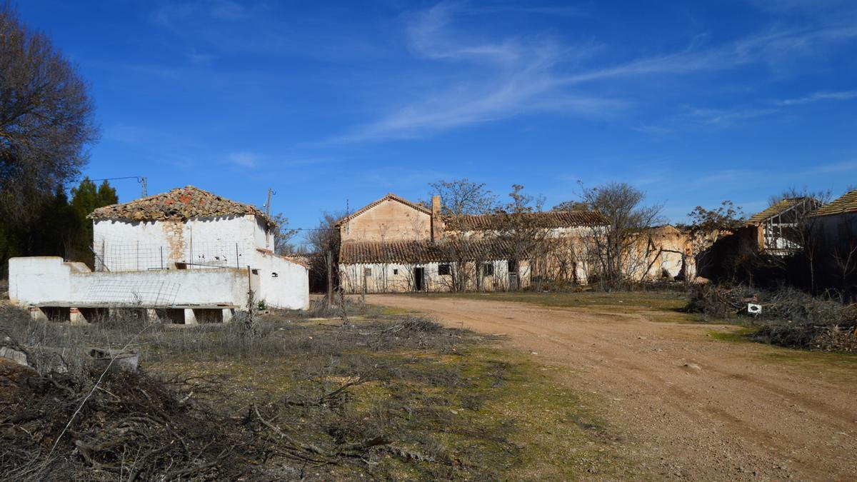 Sotuélamos (Albacete); casas despobladas / Foto: Javier Robla