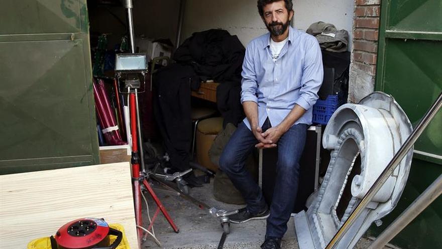 Alberto Rodríguez presenta su film en Donostia y Paesa aparece en París