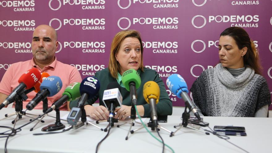 Abel Hernández, miembro del Consejo Autonómico; Conchi Moreno, secretaria de Organización de Podemos y María del Carmen Martín, miembro de la Coordinadora de Municipios.