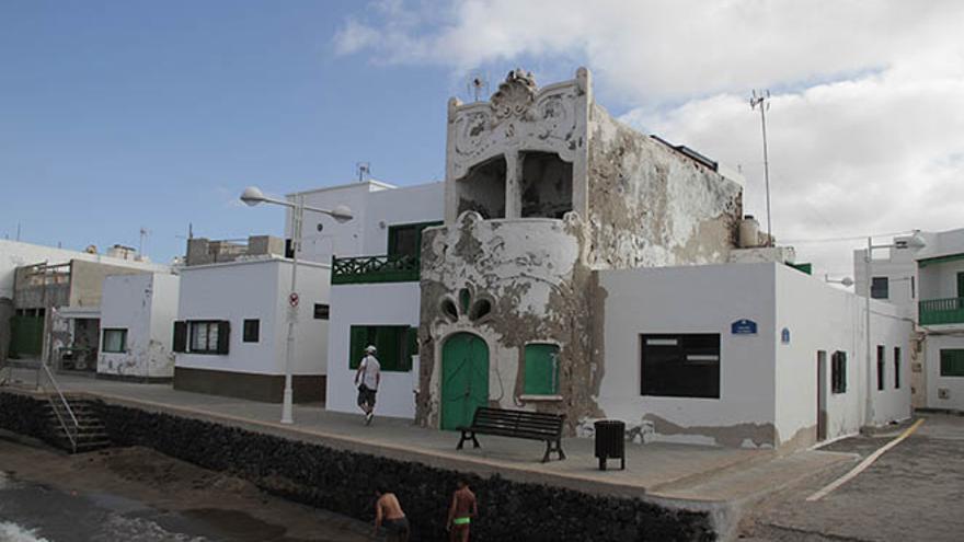 Casa modernista de Caleta de Famara