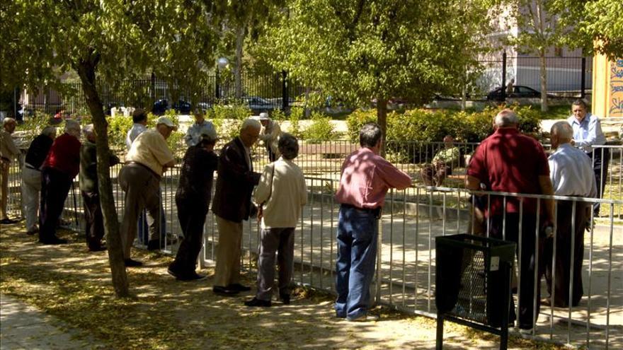 CCOO dice que el 28 por ciento de los hogares vive de las pensiones de los jubilados